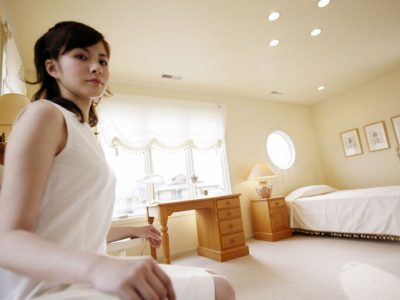 女の子が大阪・京都・神戸・奈良で高収入を見つける